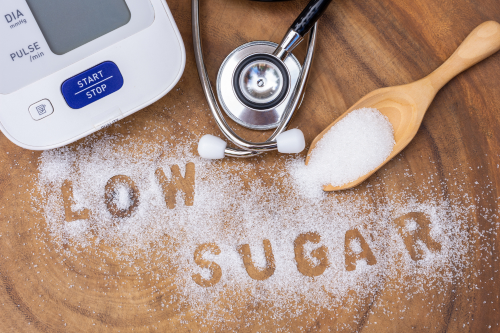 the words low sugar written in sugar